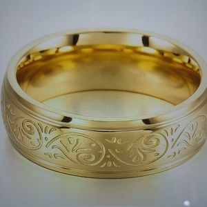 Unisex Gold tone stainless steel Ring🎉